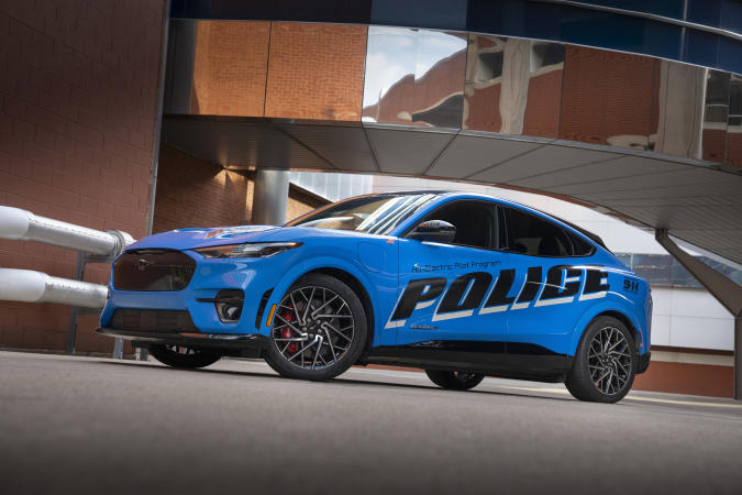 To demonstrate that a vehicle with an electric powertrain can deliver strong performance and stand up to demanding police duty cycles, the company is submitting an all-electric police pilot vehicle based on the 2021 Mustang Mach-E SUV for testing as part of the Michigan State Police 2022 Model Year Police Evaluation on Sept. 18 and 20. Graphics on vehicle not available for sale.