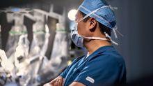 Intuitive Surgical Trounces Analysts' Q2 Estimates