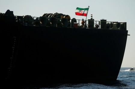 U.S. will act if Iranian tanker tries to deliver oil to Syria: Pompeo