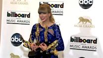 Taylor Swift Wins Record Sixth Nashville Songwriters Award