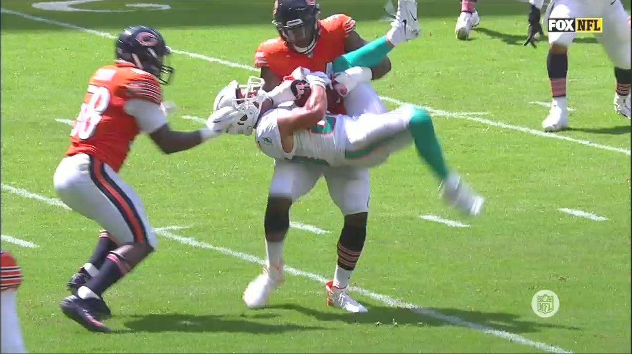 WATCH: Leonard Floyd literally picked Danny Amendola off the ground and flipped him over