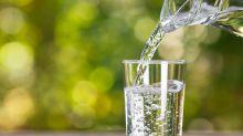 Tafel-, Quellwasser und Co.: Diese Wasserarten gibt es