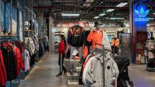 Las ventas de Adidas caen un 85% en China