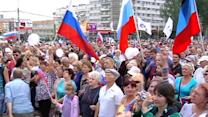 Pro-Russian activists rally for peace