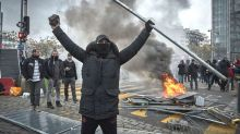 Paris yellow vest protests turn violent with police as movement turns 1