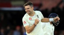 England struggle against India at Lord's