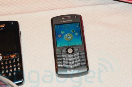 T-Mobile's BlackBerry Pearl 8120 spotted in the wild