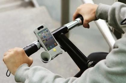 Horn Bike: the bike-mounted passive amplifier for iPhone 4