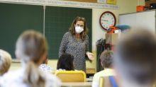 """Allègement du protocole sanitaire à l'école : """"On est dans un exemple parfait de pensée magique de la part du gouvernement"""", dénonce un médecin généraliste"""