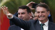 Flávio Bolsonaro agiu para que suas indicações ganhassem cargos no Ministério da Saúde, diz Mandetta