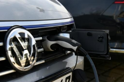 Vw Switch To Electric Cars To Cost Over Jobs Report