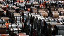 Vendas de aços planos por distribuidores desaceleram em abril, diz Inda