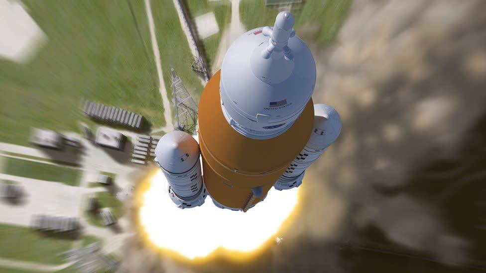 What is Nasa's giant SLS rocket?