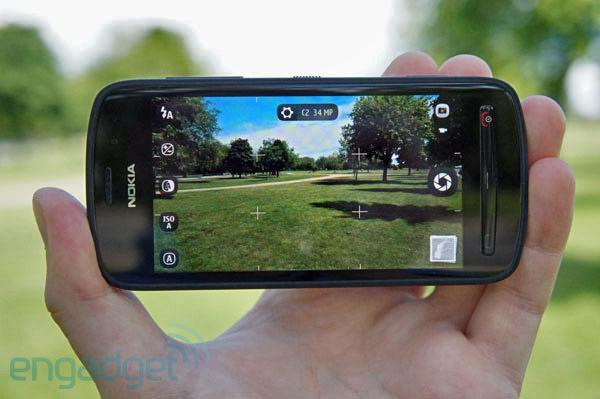 Nokia 808 PureView review: the future of mobile imaging, wrapped in the smartphone past