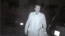 Verdächtiger auf Fahndungsfoto sieht aus wie Eminem und das Netz flippt aus