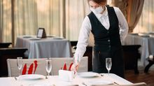 4 Strict and Strange New Rules You'll See at Restaurants