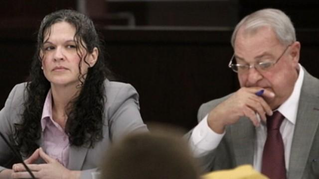 Lotto Murder Trial: Is Suspect Trying to Communicate With Jury?