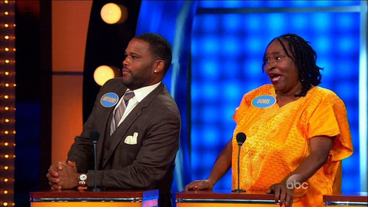 Anthony Anderson Mom crazy answer on family fued - YouTube