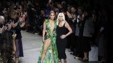 Donatella Versace und J-Lo feiern das «Dschungel-Kleid»