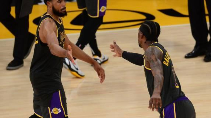 Basket - NBA - Les Los Angeles Lakers s'imposent sur le fil contre Houston en NBA