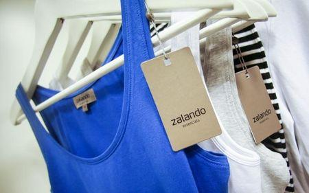 A Zalando label lies on an item of clothing in a showroom of the fashion retailer Zalando in Berlin
