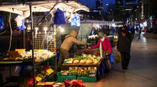 World food price index rises in March for 10th month running - FAO