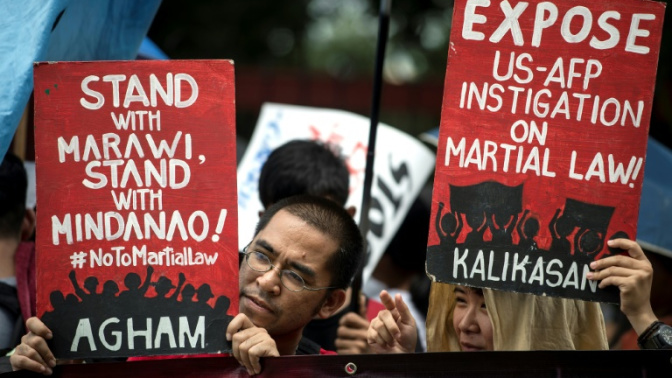 Philippines to extend martial law in south until year end