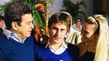 Marcos Frota publica foto ao lado do filho, Davi, e homenageia Carol Dieckmann