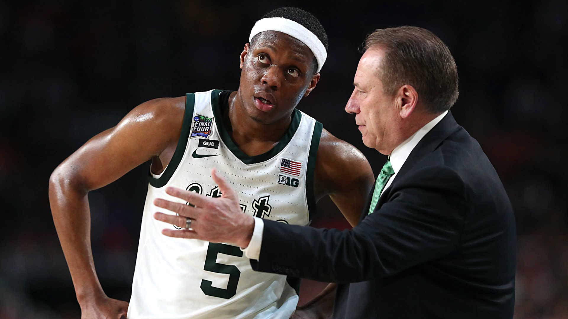 College Basketball Rankings Michigan State No 1 In Ap