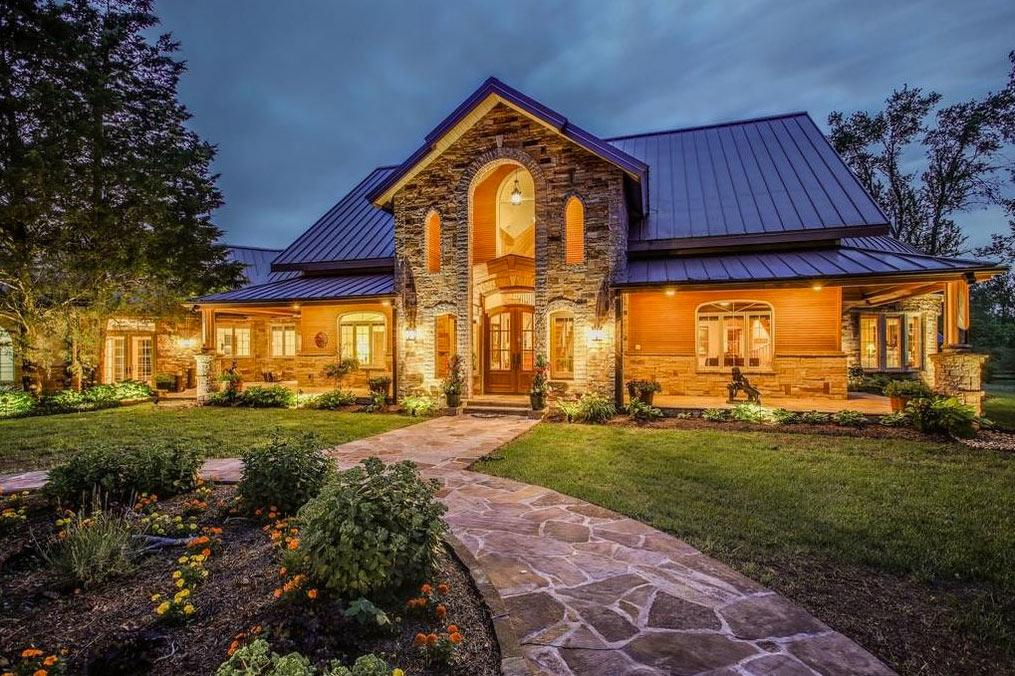 """<p>Beds: 3 Baths: 4 full, 2 half Square Feet: 3,065 Price: $3.129 Million The <a href=""""http://www.realtor.com/realestateandhomes-detail/9650-S-Harpeth-Rd_Nashville_TN_37221_M83194-20816#photo11"""" rel=""""nofollow noopener"""" target=""""_blank"""" data-ylk=""""slk:smallest home"""" class=""""link rapid-noclick-resp"""">smallest home</a> is also the most affordable, but what it may lack in square footage it makes up for with 25 acres of land, housing a horse barn and workshop.</p>"""