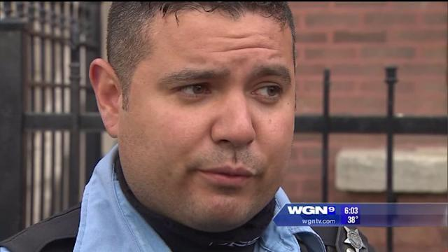 Chicago police officer rescues people in fire