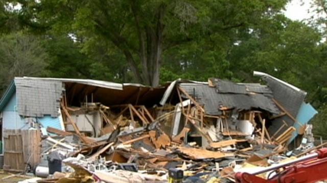 Sinkhole House Demolished, Man Trapped Inside Dead