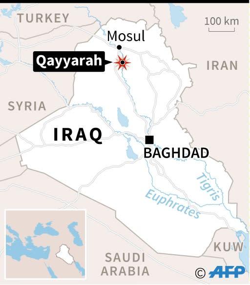 Map locating the Iraqi town of Qayyarah near Mosul (AFP Photo/Paz Pizarro, Vincent Lefai)