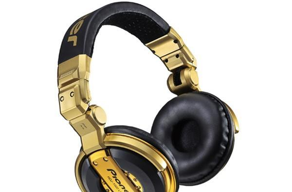 Pioneer blings out HDJ-1000 headphones, turns them into a $209 Limited Edition