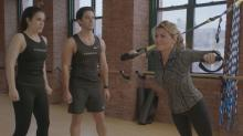 Watch Shania Twain Sing During 'Broad City' Gym Sex Scene