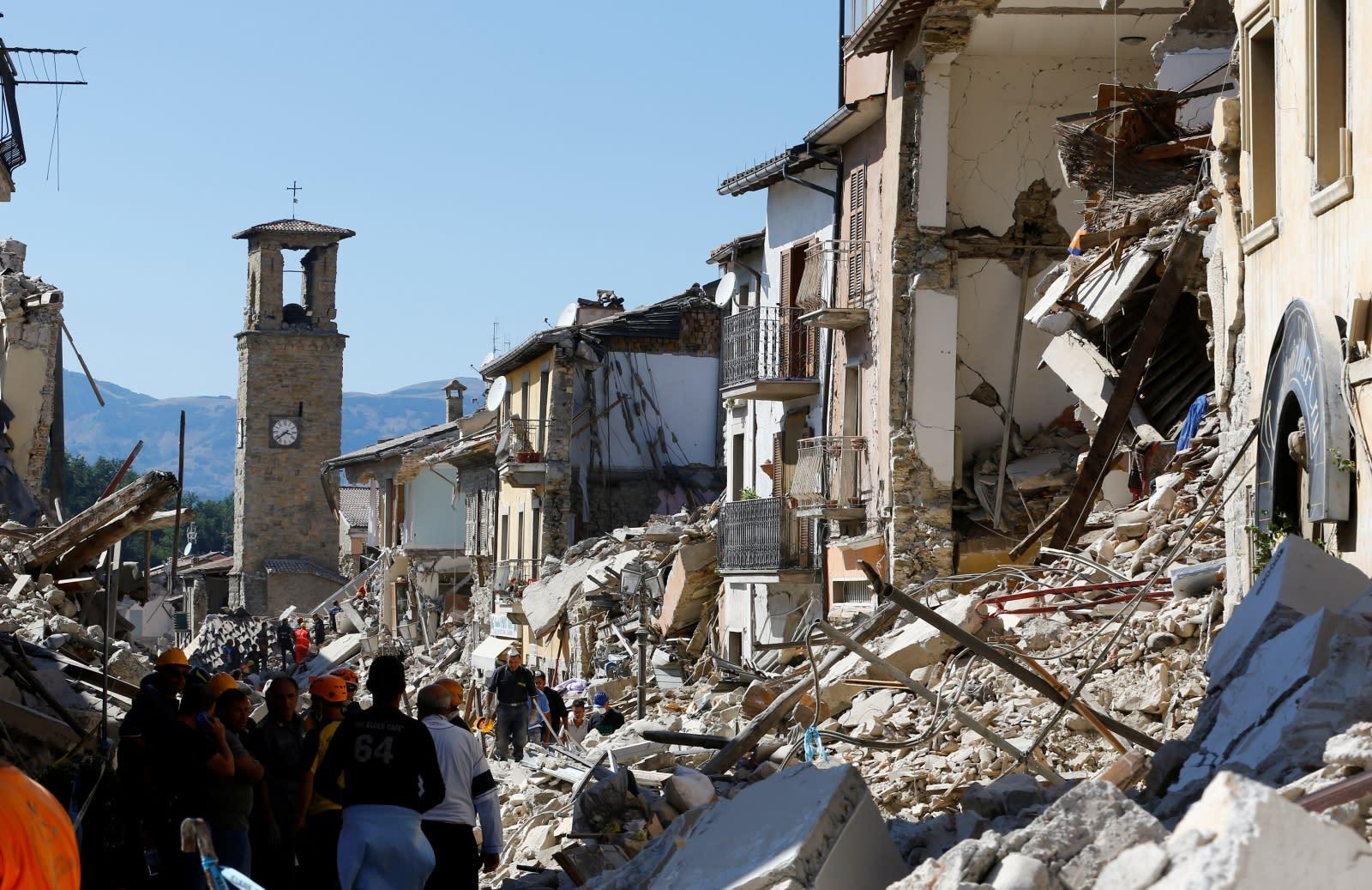 landslide earthquake in italy august - HD1200×778
