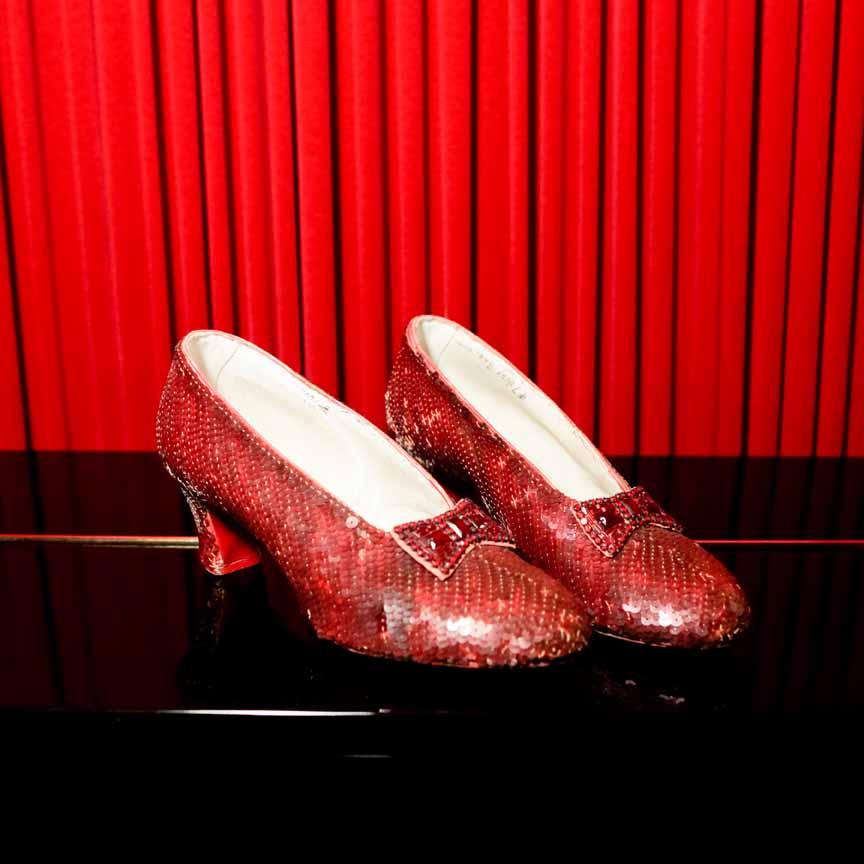 kno dorothys ruby slippers - 864×864
