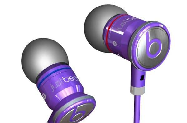 Beats by Dr. Dre launching Beatbox iPod dock, along with LeBron and Bieber-branded headphones