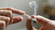 Illinois legalizes commercial buying, selling of marijuana