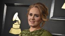 Adele vuelve a ser niña con las Spice Girls