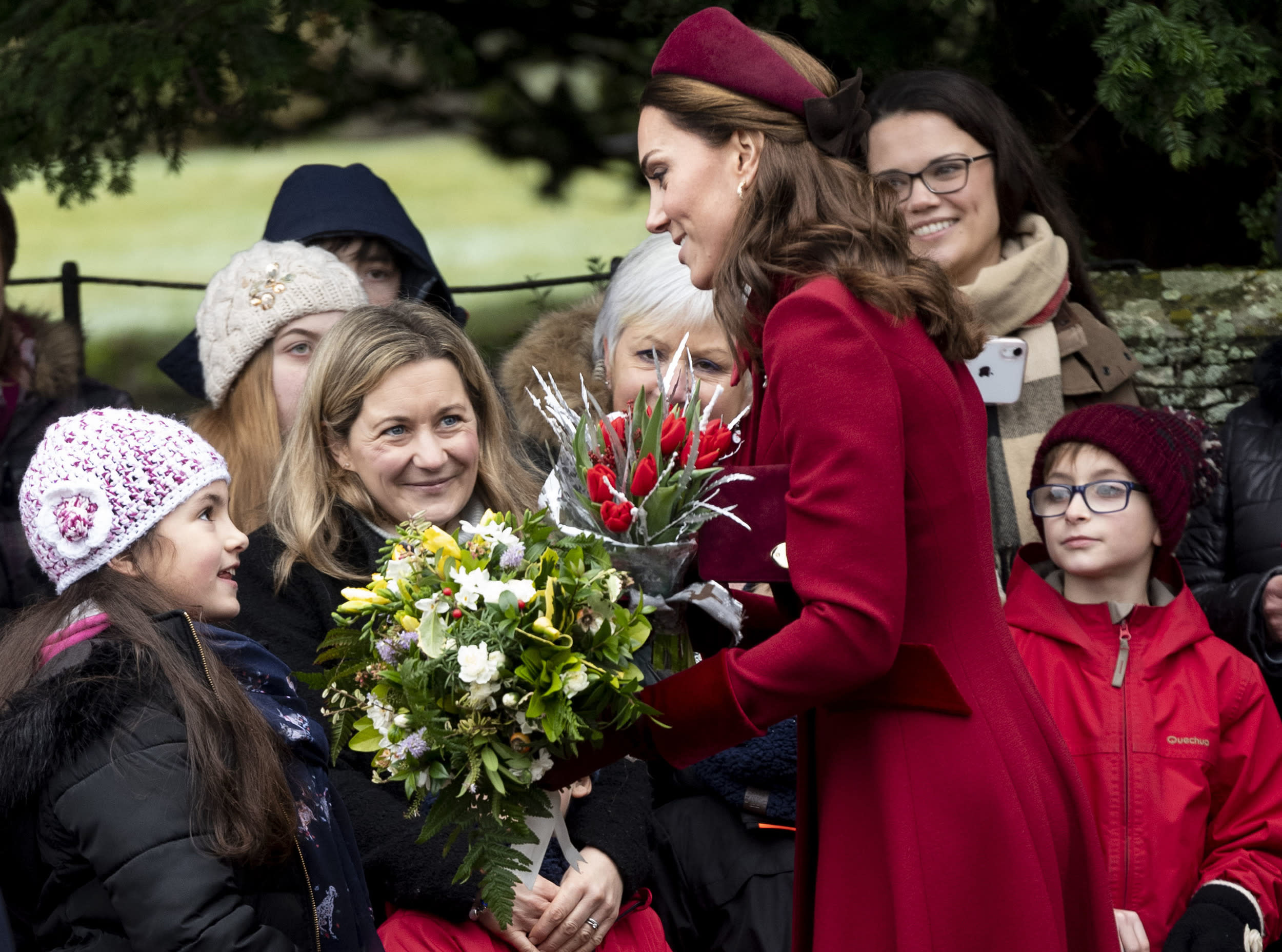 KING'S LYNN, ENGLAND - DECEMBER 25: Catherine, Duchess of Cambridge attends Christmas Day Church service at Church of St Mary Magdalene on the Sandringham estate on December 25, 2018 in King's Lynn, England. (Photo by Mark Cuthbert/UK Press via Getty Images)