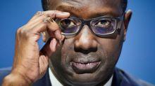 El director general de Credit Suisse dimite por un escándalo de espionaje