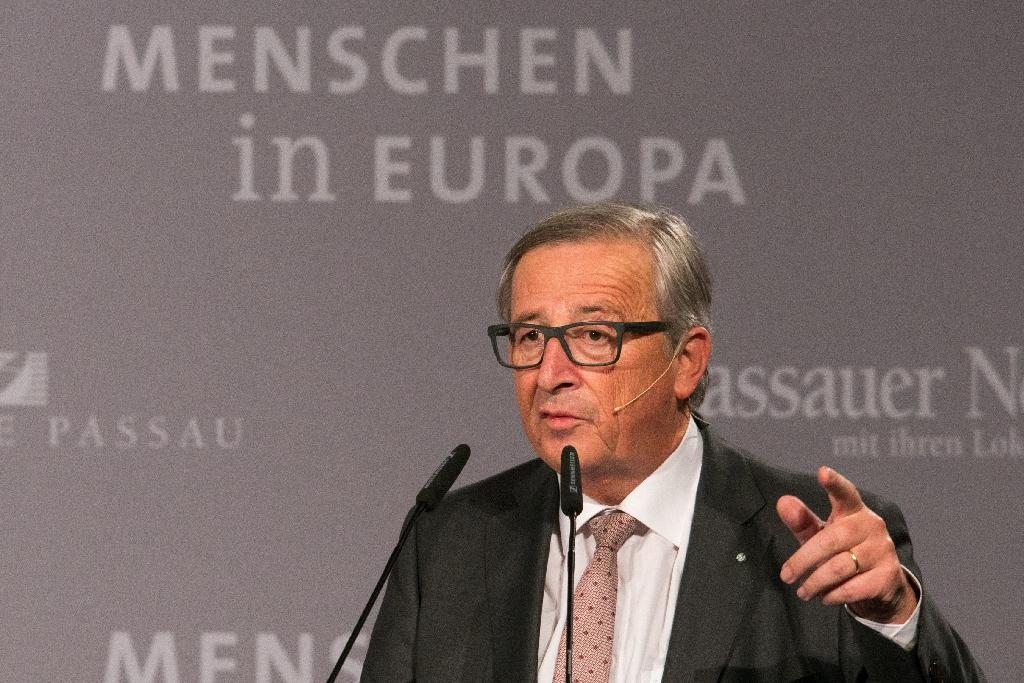 European Commission chief Jean-Claude Juncker speaks during a press conference on October 8, 2015 in the border town of Passau