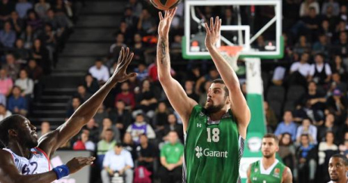 Basket - Transferts - Adrien Moerman a «de fortes chances» de quitter Darussafaka