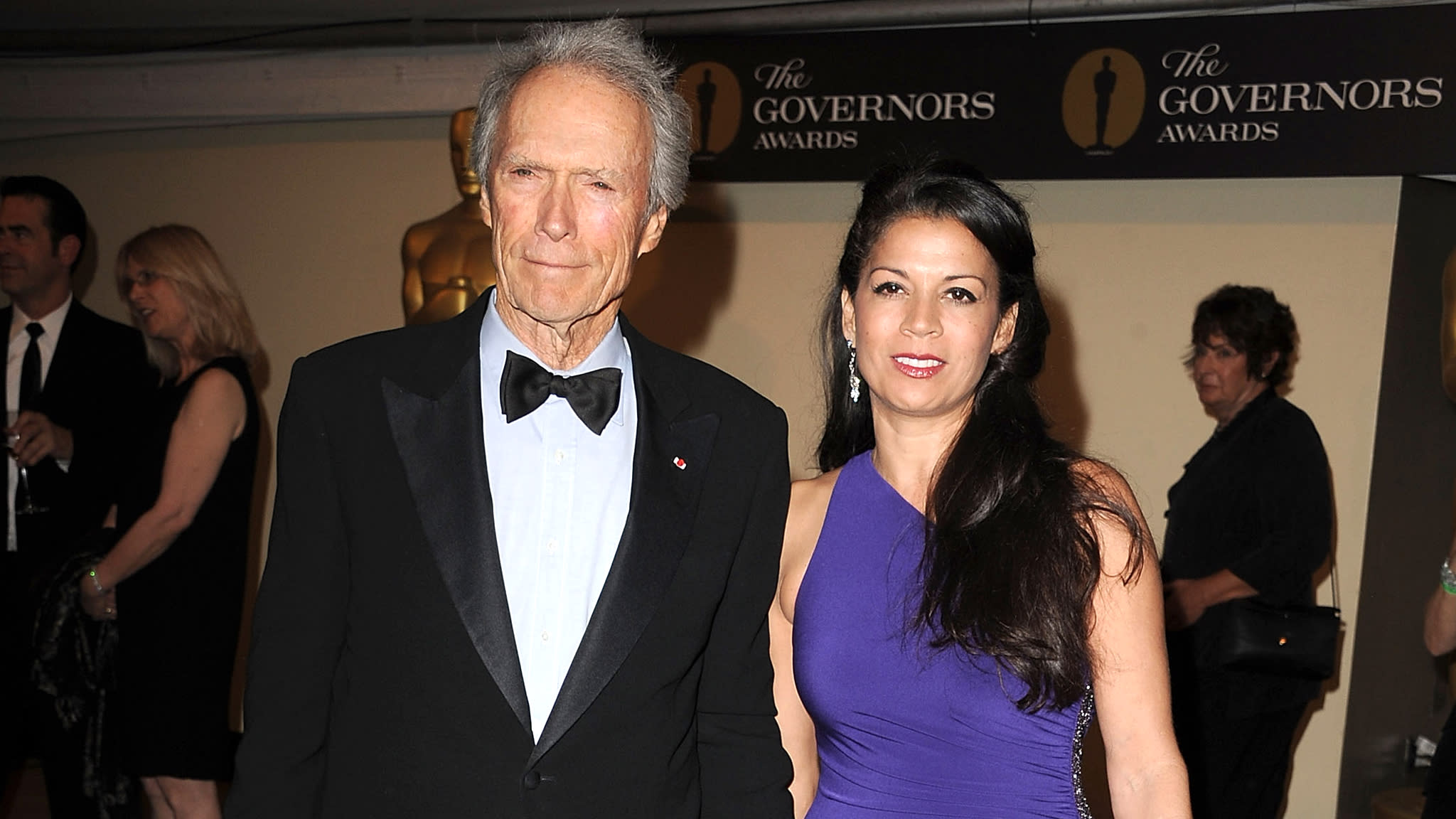 Dina eastwood files for legal separation