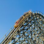 Why Six Flags Stock Gained 15% in May