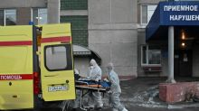 Hospital beds, oxygen run short in Russia's regions as COVID-19 cases surge
