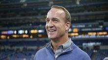 Peyton Manning trolls Patriots on MNF