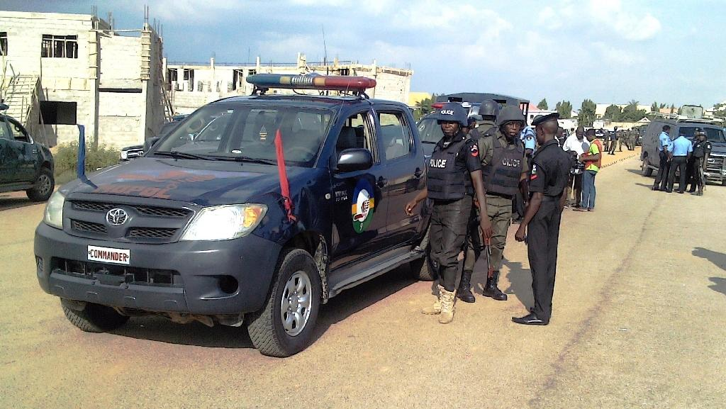 Police in the northern Nigerian city of Kano, on September 17, 2014 (AFP Photo/Aminu Abubakar)