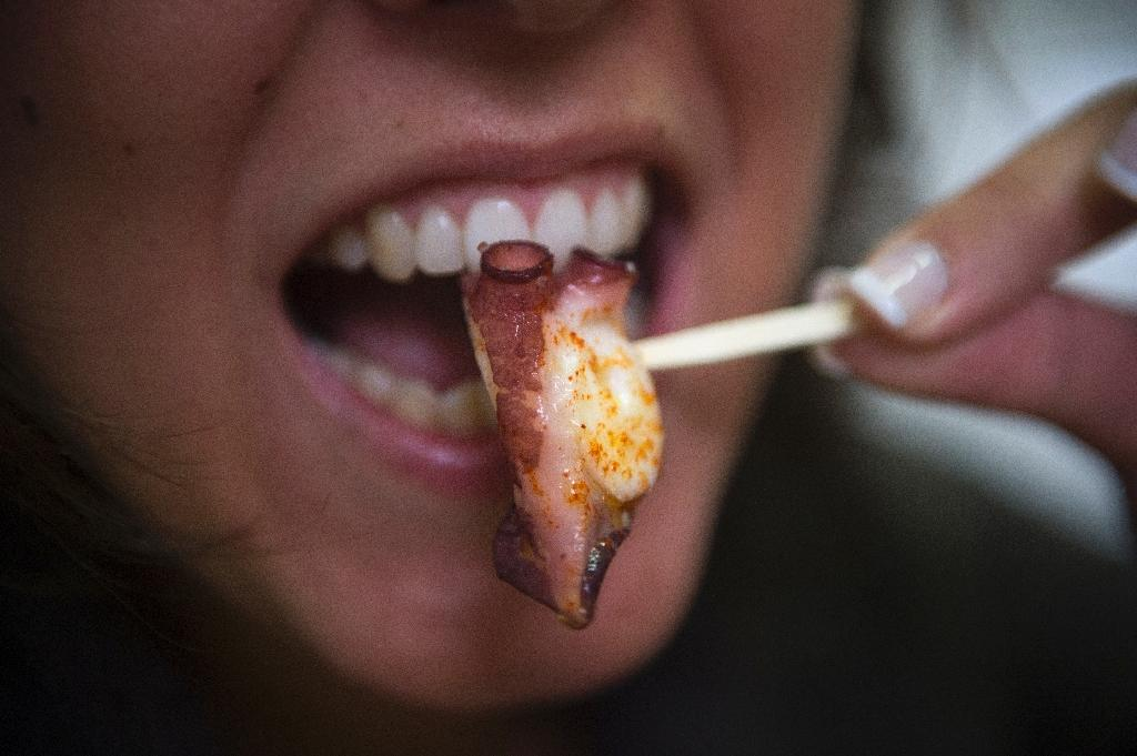 Seafood is one of many food types that have been linked with lower cancer risks (AFP Photo/MIGUEL RIOPA)